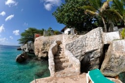Balao 1 bedroom oceanfront bungalow, Sun Reef Village Curacao - Balao Photos